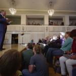 Das Publikum und der Vortragende. Foto: Hufner